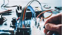 perbedaan teknik listrik dan teknik elektro